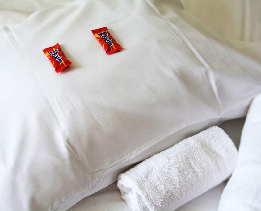 Hotellpute og sjokolade